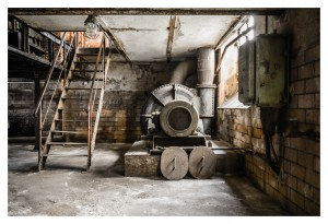 street photography - rusty industrial ruine
